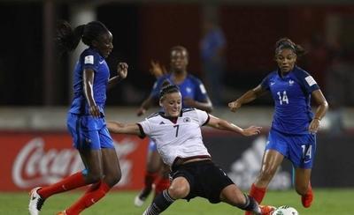 HOY / FIFA no cambia la fecha del Mundial femenino sub 20