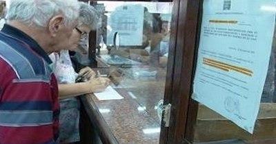 Hacienda: Hoy pagan devolución de aportes y haberes atrasados