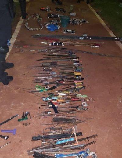 Estoques, lanzas y celulares fueron incautados en Penitenciaría de PJC