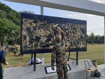 Realizan mantenimiento del Memorial Defensores del Chaco