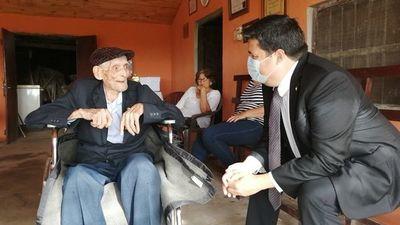 Homenajean al último excombatiente de Ñeembucú