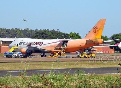 """Importadoras NO PAGAN sus impuestos, pero pagan coimas a la """"mafia aduanera"""" que opera en el aeropuerto Guaraní"""