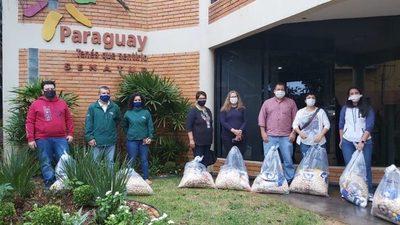 Senatur entrega víveres a 156 guías del sector turístico