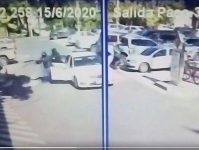 Asalto tipo comando en estacionamiento de Shopping