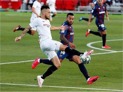 Sevilla se deja dos puntos ante un Levante que no se rindió