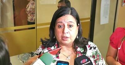 Rosca de leales a la senadora del Frente Guasu se reubicó en Salud