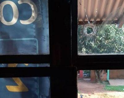 Soltaron plomo contra dos viviendas en barrio María Victoria.