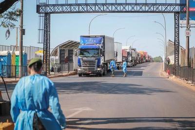 Ministra explica planes de reactivación económica en fronteras · Radio Monumental 1080 AM