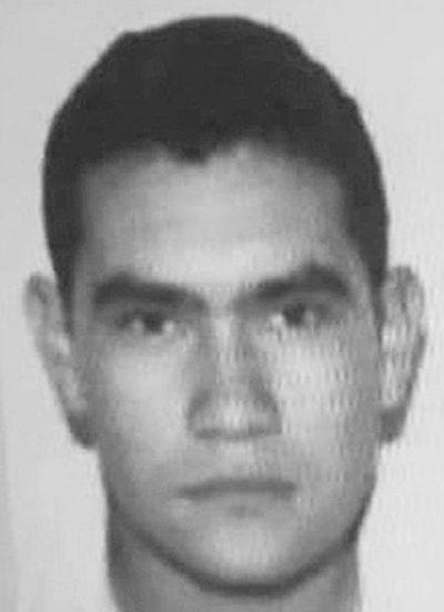 Buscan a presunto asesino de policía