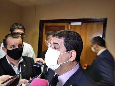 Velázquez entrega al titular de Diputados el proyecto de Ley de la Función Pública y Servicio Civil
