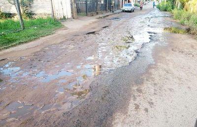 """Las autoridades de Limpio están en una """"guerra"""", mientras la ciudad está ruinosa"""