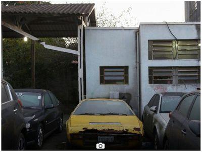 Auto mau  en Paraguay y reliquia familiar en Brasil