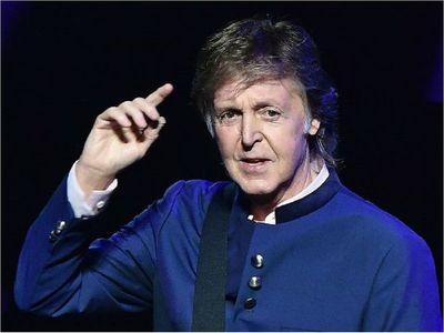Paul McCartney cumple 78 años y hace un llamado al cambio como regalo
