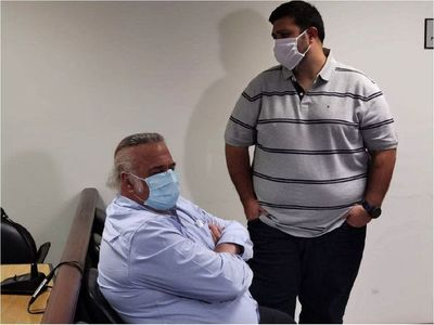 Ex senador Óscar González Daher e hijo van a juicio por enriquecimiento