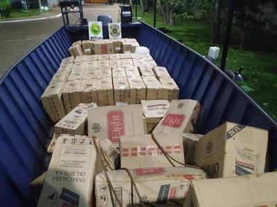 Decomisan embarcación y vehículos usados para el CONTRABANDO de CIGARRILLOS