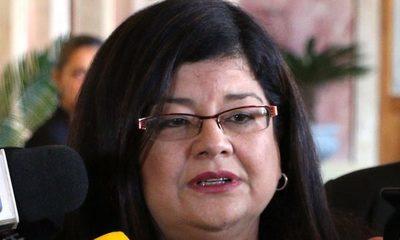 Carolina Llanes pacta con mafiosos del clan ZI, y ayuda a ratificar a Marino Méndez en la Corte – Diario TNPRESS