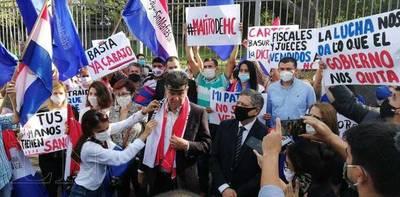 En medio de caravana Alegre pide que se anule su imputación – Prensa 5