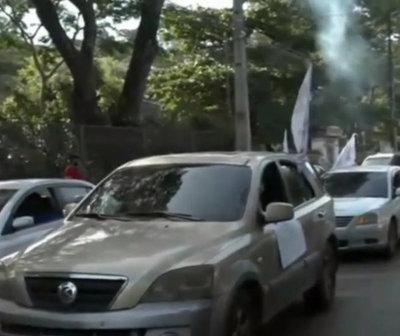 Sindicalistas piden la renuncia del presidente de la ANDE