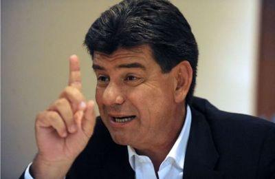 Efrain Alegre; Ignacio Larré está protegido por la mafia