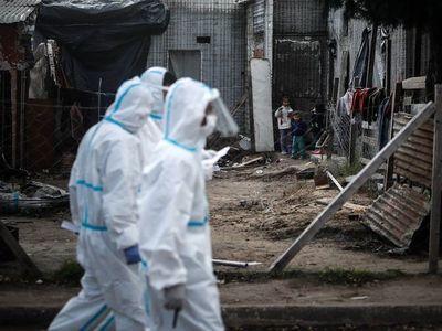 EEUU vuelve a rebasar 30.000 casos diarios de Covid-19 y suma 119.000 muertos
