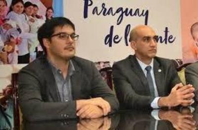 Tras amenazas con retorno a confinamiento, critican a autoridades sanitarias por ejecutar apenas el 4% de los fondos recibidos para la pandemia