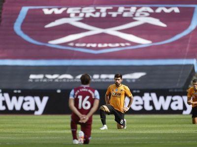 West Ham, sin Balbuena, cae en casa con el Wolves