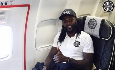 HOY / Expectación en Olimpia ante el regreso de Emmanuel Adebayor