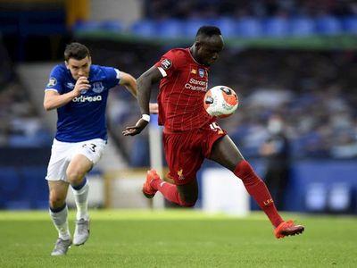 El Everton contiene a Liverpool