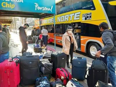 Retornan 180 compatriotas de Argentina • Luque Noticias