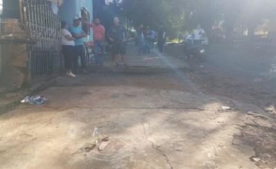 Mató a su vecino porque su hija jugaba en la vereda frente a su casa