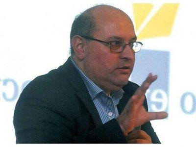 """Economista: """"recurrir a las inversiones públicas para reactivar la economía"""" · Radio Monumental 1080 AM"""