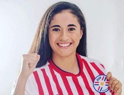 Histórico; joven misionera es trasferida a un equipo español