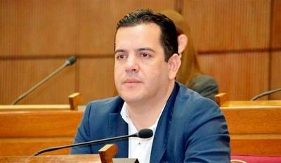 HOY / Varios retoques en la declaración de bienes del ministro Friedmann