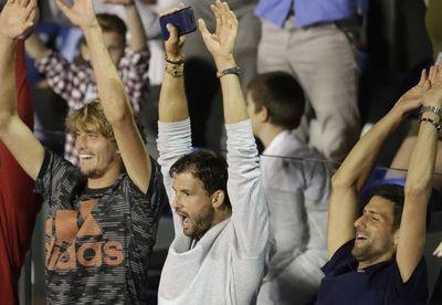 Djokovic, en camino a conquistar récords, pero no el cariño del público