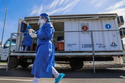 COVID-19:Mayor velocidad de contagio fue clave para prolongar fase 3, advierte Sequera