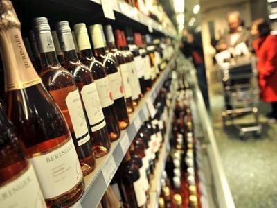 Disponen modificación temporal del Impuesto Selectivo al Consumo