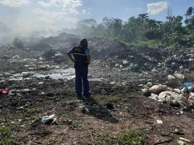 Intervienen vertedero en San Pedro por supuesto mal manejo de residuos