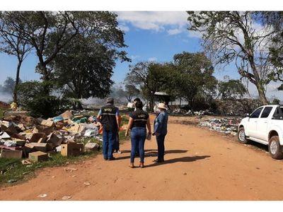 Mades fiscaliza vertedero y matadero  municipal de San Pedro