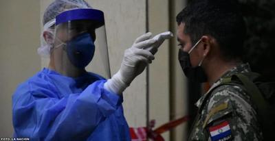 Comandante de la Armada no descarta sanción a militares contagiados