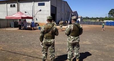 Comandante de la Armada analiza posible sanción a militares que contagiaron con COVID19