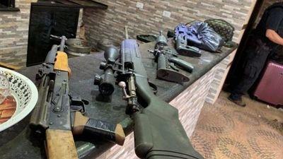 Policía Federal incauta armas, vehículos y drogas en Ponta Porã