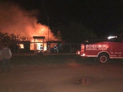 Incendio consumió una vivienda en La Pastora – Prensa 5