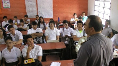 Educación: Casi 2.300 estudiantes migraron por la pandemia