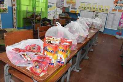 MEC distribuyó casi 3 millones de kilos de alimentos en programa que finaliza hoy su quinta entrega