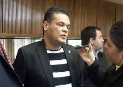 Robert Acevedo incrementó 90 % su patrimonio en menos de un año