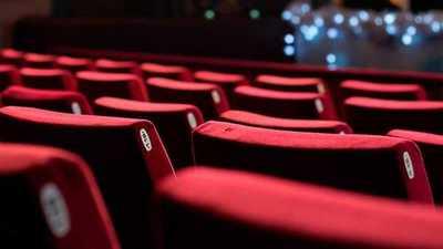 Sector de entretenimiento estima que cines operarían en agosto