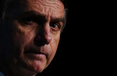 Bolsonaro dice que podría haber tenido coronavirus