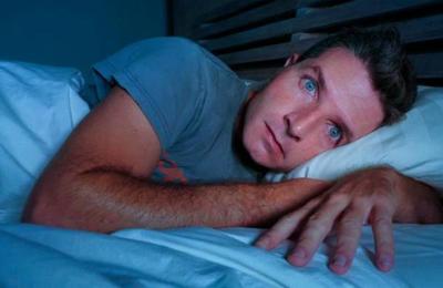 Estudio explica qué ocurre cuando empezamos a dormir menos