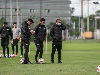 """Emiliano Díaz: """"Nos agarró en un momento de alza"""""""