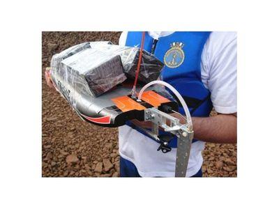 Contrabandean celulares a Brasil en embarcación a control remoto